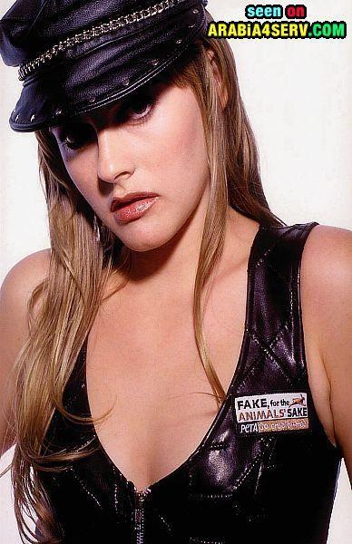 ��� ������ �������� Alicia Silverstone