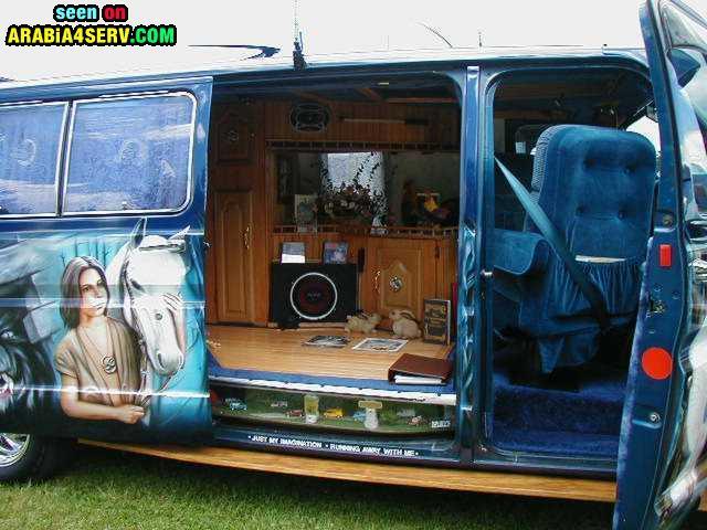 صور سيارة فان عجيبة من الداخل والخارج