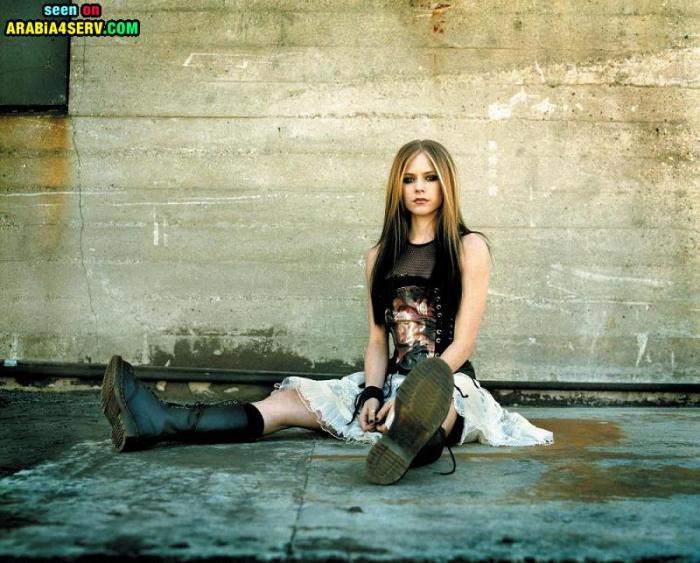 صور افريل لافين Avril Lavigne الجزء الثالث 33 صورة