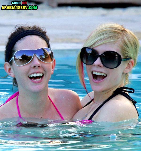 ��� ����� ����� Avril Lavigne ����� ������ 33 ����