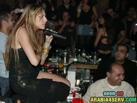 صور دانا - تحميل البوم صور الفنانة المطربة المغنية دانا اغراء اثارة ساخنة