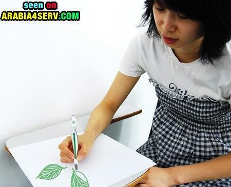 قلم يكتب بالوان الطبيعة - صور
