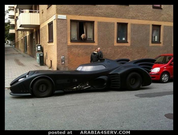 Batmobile ظهرت في شوارع السويد