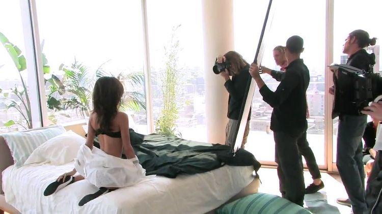 صور جديدة - مثيرة - ساخنة - لعارضة الأزياء ميراندا كير  Miranda Kerr