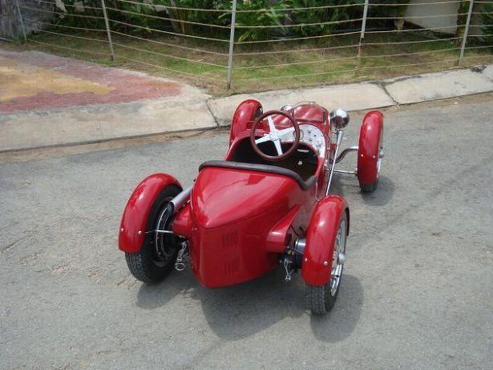 سيارات اطفال