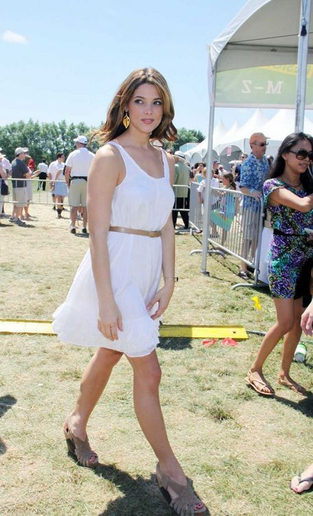صور آشلي غرين Ashley Greene photos
