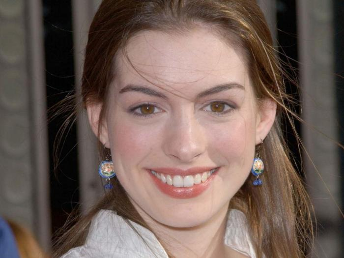���� ��� �� ������� Anne Hathaway