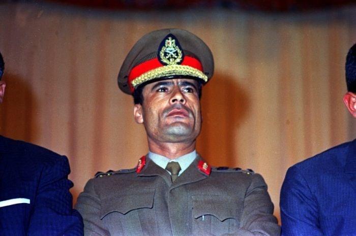 تحميل البوم صور معمر القذافي - صور نادرة - ابيض وأسود - صور جديدة - صور قديمة للقذافي