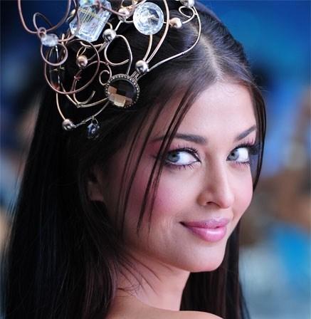 اشوريا راي الهندية الجميلة - Aishwarya Rai - Robot Movie
