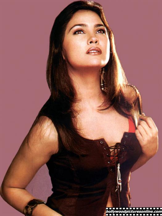 صور الممثلة الهندية لارا دوتا
