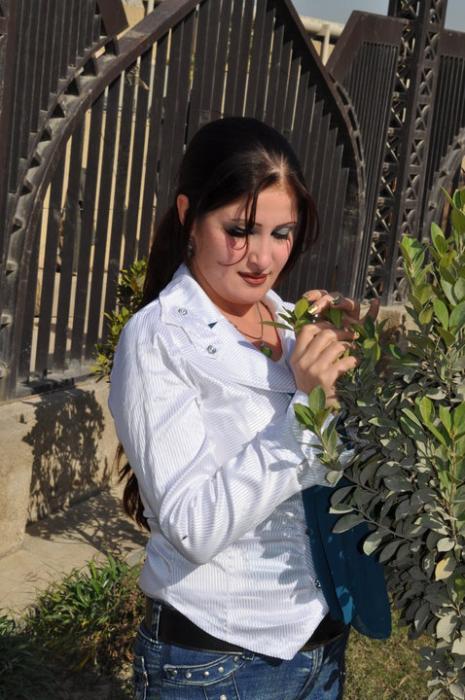 صور الفنانة العراقية سولاف جليل 2014