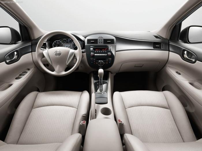 ��� ����� ����� ���� 2012 Nissan Tiida