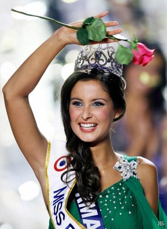مليكة مينارد ملكة جمال فرنسا 2010 - Miss France 2010 - Malika Menard
