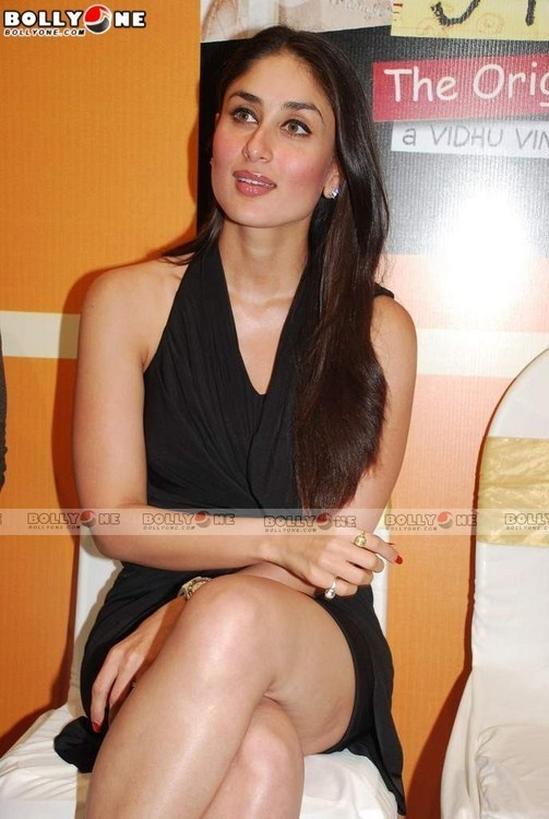 ������ ����� �������� ������ - Kareena Kapoor looking so sexy in black