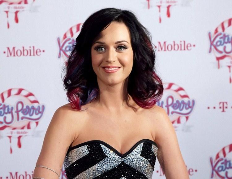 صور ساخنة لكاتي بيري - Katy Perry Hot Pics