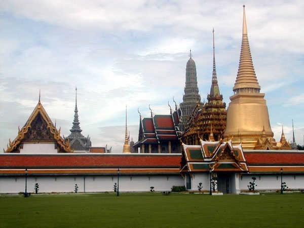 صور اماكن ومعالم سياحية عظيمة شهيرة حول العالم