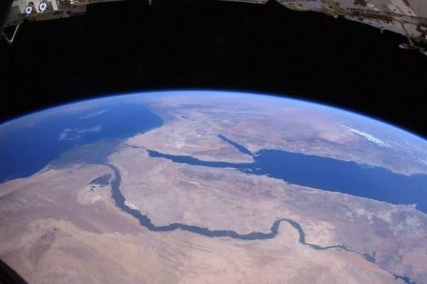 صور من الفضاء الخارجي