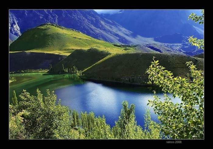 صور جميلة لسطح المسطحات المائية